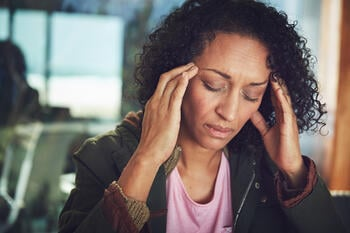 early-perimenopause-symptoms-women-fatigue-1